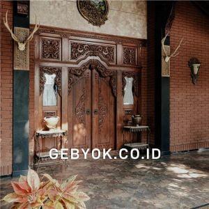 pintu Rumah Jawa polos Kuno antik