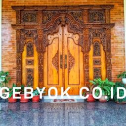 Pintu Rumah Gebyok berkelas terbaik ukuran 3 meter